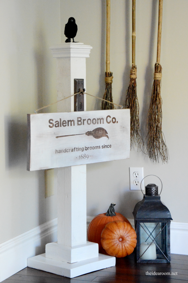 10+ Halloween Signs for Halloween that you can easily DIY!